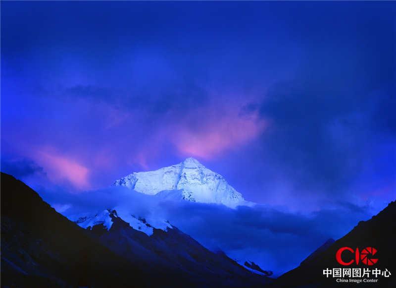 2004年9月,西藏,珠穆朗瑪峰,日落前